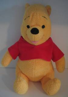 Walt Disney Collectibles - Pooh Soft Plush  Beanie